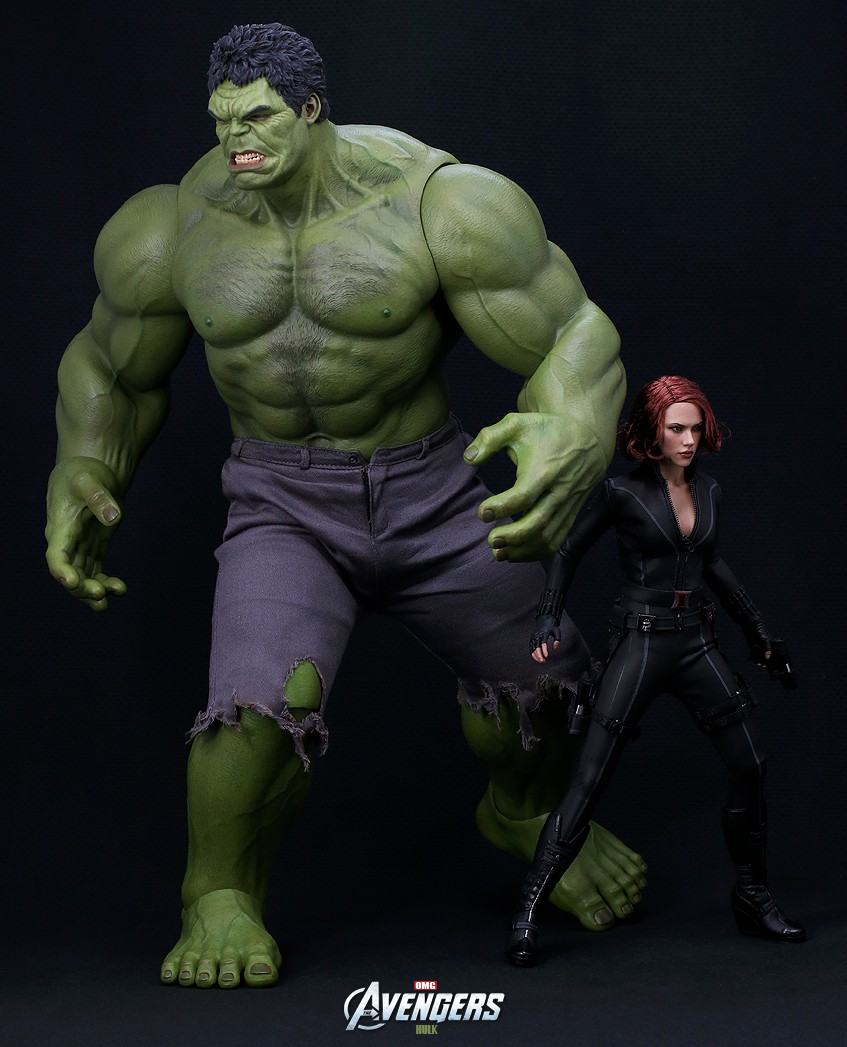 Hot Toys Hulks Just Arrived Incredible Alien Worlds