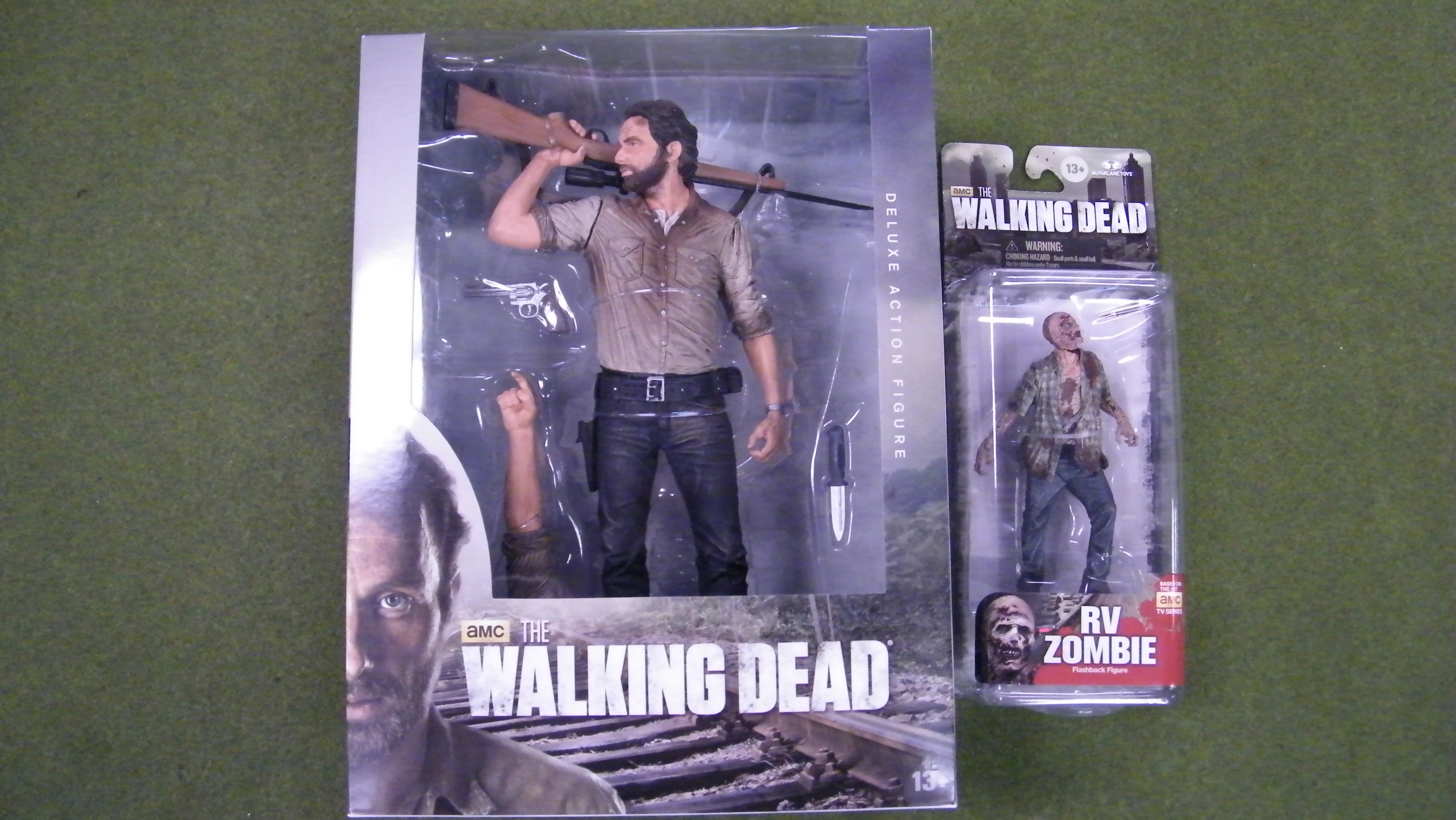 Sneak Peak 10 Rick Grimes Available Tomorrow Alien Worlds
